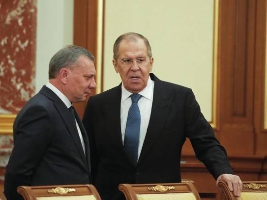 Лавров обеспокоился эскалацией конфликта в Донбассе