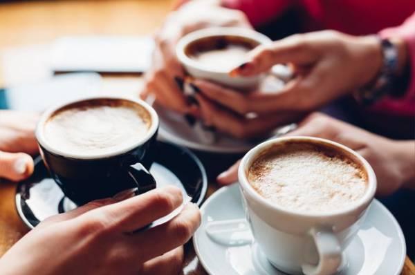 Сколько чашек кофе можно выпивать в сутки?