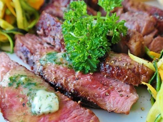 Известный украинский шеф-повар призвал декоммунизировать национальную кухню