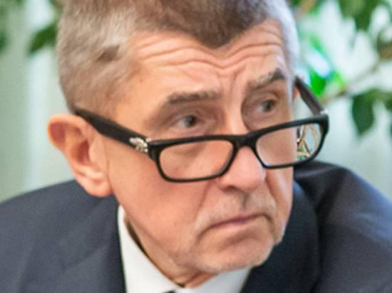 Премьер Чехии отказался считать инцидент в Врбетице терактом