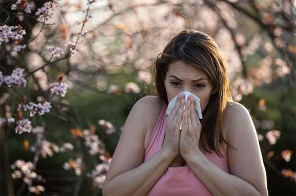 И пыльца летит в глаза. Аллергия этой весной ожидается тяжелее обычной