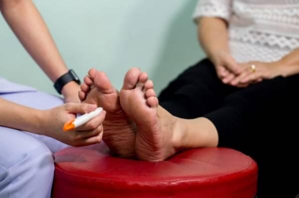 Чувствительная стопа. Какую обувь рекомендуют людям с диабетом?