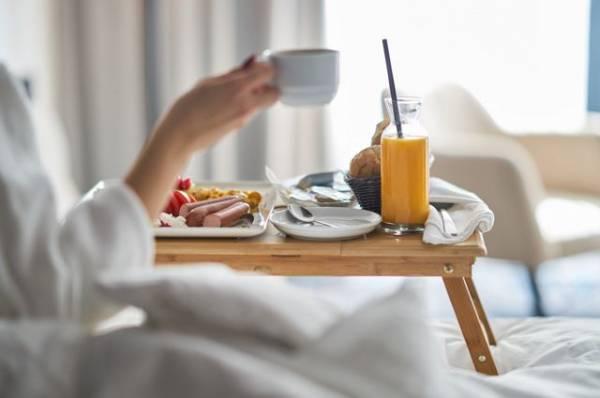 Кому вредно завтракать?