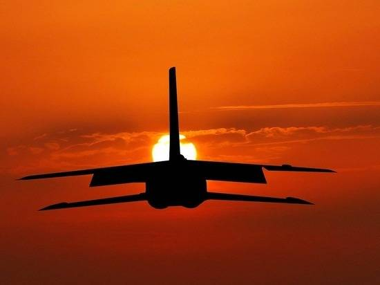 На Украину прибыли три транспортных самолета США, Великобритании и Канады