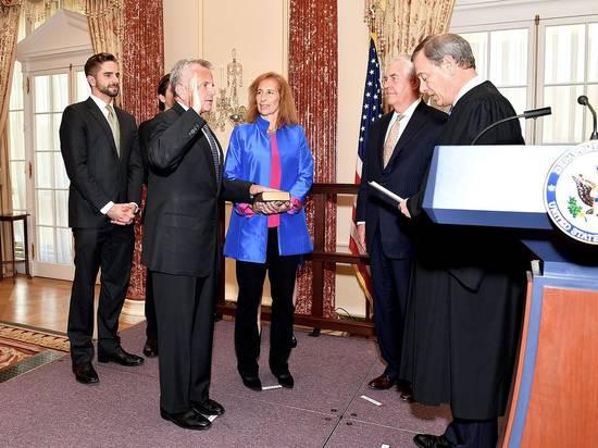 Американский посол в Москве рассказал, что рад вернуться в США