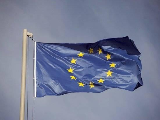 ЕС внес отключение России от платежной системы SWIFT в проект резолюции