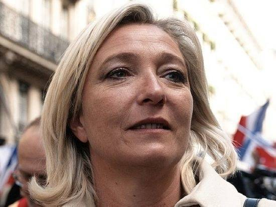 Суд оправдал Ле Пен по делу о публикации фото жертв боевиков ИГ