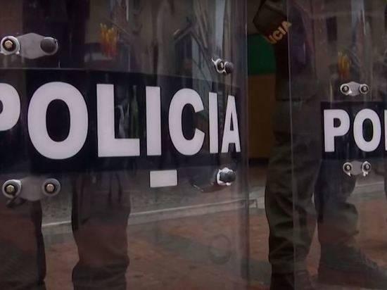 В массовых беспорядках в Колумбии погибли 17 человек