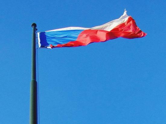 """Вице-премьер Чехии прокомментировал слухи о планах """"замять"""" скандал вокруг Врбетицы"""