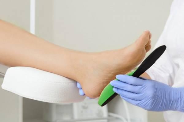 От ортодонта к ортопеду. Почему при проблемах с прикусом проверяют стопы
