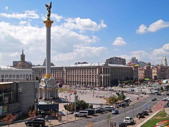 Украинский политолог увидел причину нищеты жителей страны в отсутствии декоммунизации