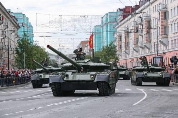 В Уфе на репетиции парада загорелся танк, принадлежащий частному лицу