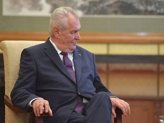 Земан раскритиковал РФ за включение Чехии в список недружественных стран