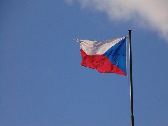 Чешские СМИ раскрыли подробности дела о взрывах на оружейных складах