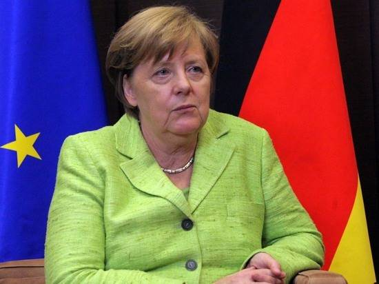 Меркель осудила ракетные обстрелы Израиля из Газы