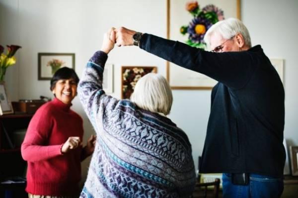 Танцуя, все преодолеем! Как замедлить развитие болезни Паркинсона