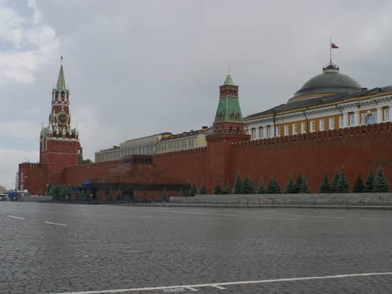 Кремль получил обращение о присвоении имени Лужкова московской улице