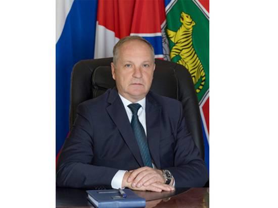 Отставленный мэр Владивостока запомнился горожанам бесконечными бордюрами
