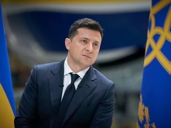 """Эксперт назвал создание Зеленским """"фольксштурма"""" истерией и милитаризацией Украины"""