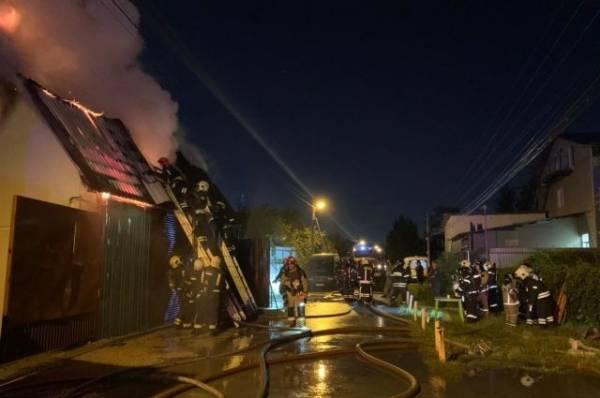 Пожарные ликвидировали возгорание в частном доме в Новой Москве