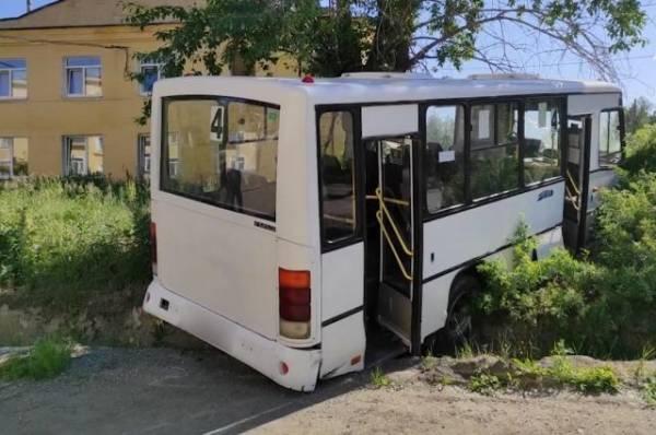 После ДТП с автобусом в Свердловской области возбуждено уголовное дело