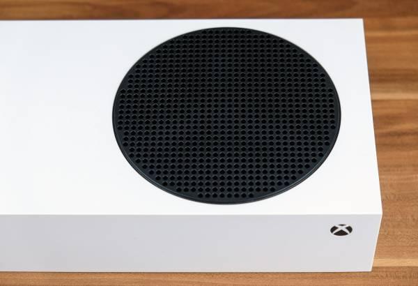 Что такое Xbox Series S? 5 причин купить самую компактную и доступную консоль нового поколения от Microsoft