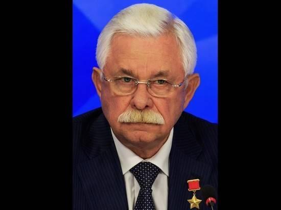 Руцкой заявил, что после штурма Белого дома «баржей трупы вывозили»