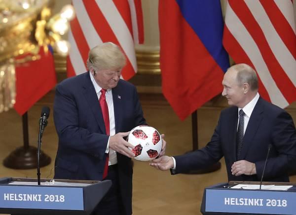 Трамп попросил Байдена не засыпать на встрече с Путиным