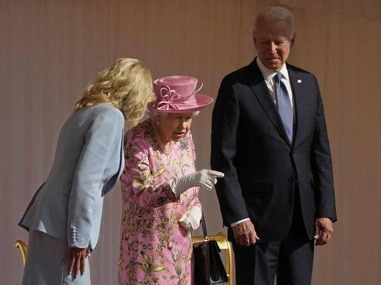 Королева Елизавета выпила чаю с Байденом в Виндзорском замке
