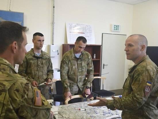 Политолог оценил военную помощь США Украине: стравливают с соседом