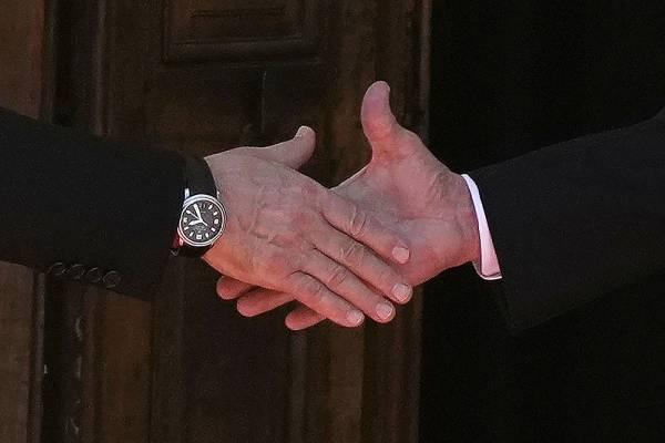 "Политолог Макаркин назвал саммит Путин-Байден ""прохладным, но не холодным"""
