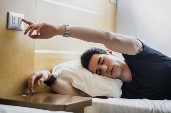 Правда ли, что молоко помогает уснуть?