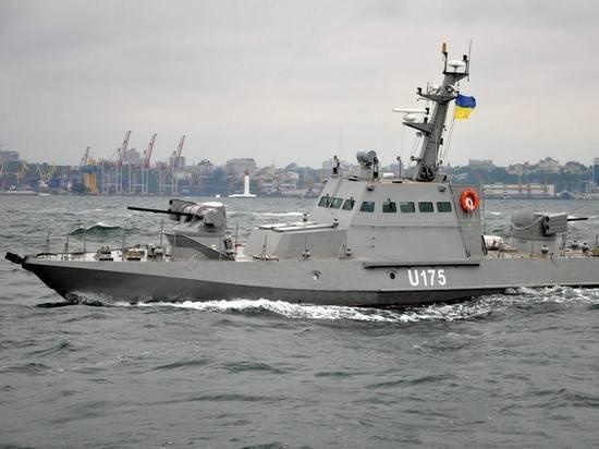Украинские военные провели учения в Черном море