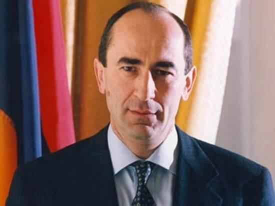 """В штабе блока """"Армения"""" Кочаряна начались обыски"""