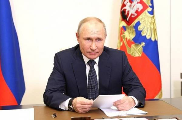 Путин дал поручения по ликвидации последствий наводнений в Крыму
