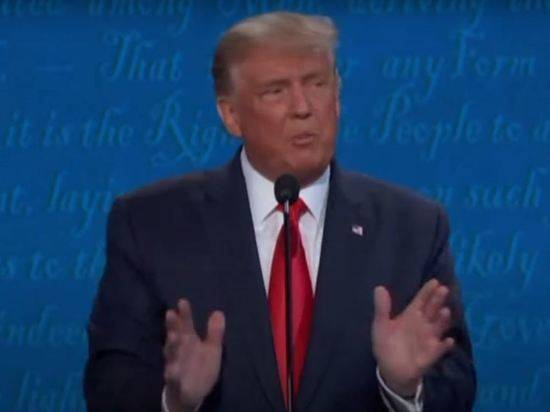 Трамп обдумывал отправку заразившихся коронавирусом американцев в Гуантанамо