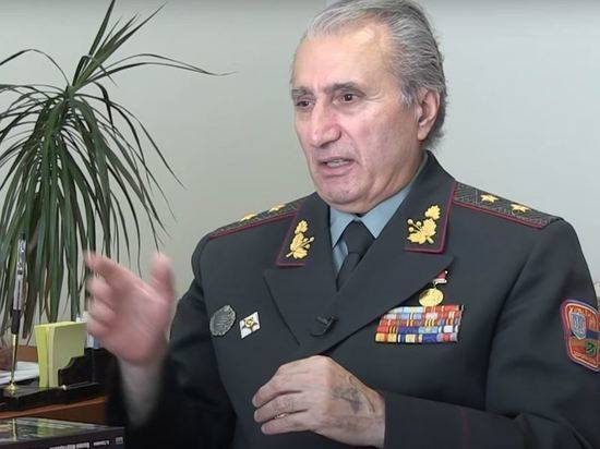Украинский генерал пожалел об отказе от советской присяги