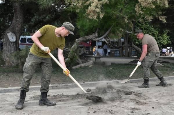 Военные помогают ликвидировать последствия ЧС в Крыму