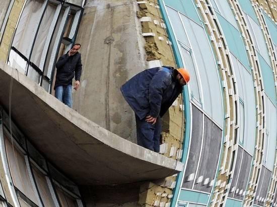 Работающим на стройках пенсионерам пообещали отменить индексацию