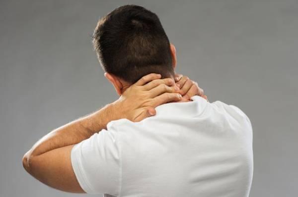 Всему голова. Как быстро справиться с болями в шее?