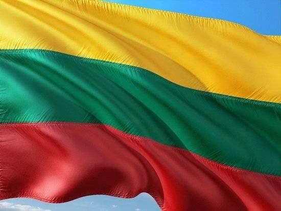 Литва объявила об экстремальной ситуации из-за мигрантов