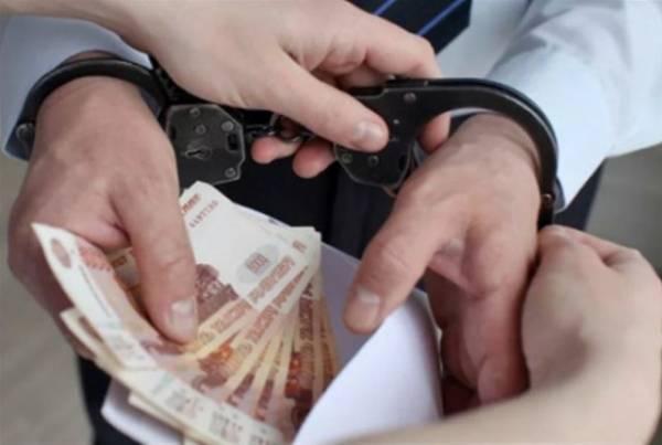 Главу отделения ПФР в Челябинской области заподозрили во взяточничестве