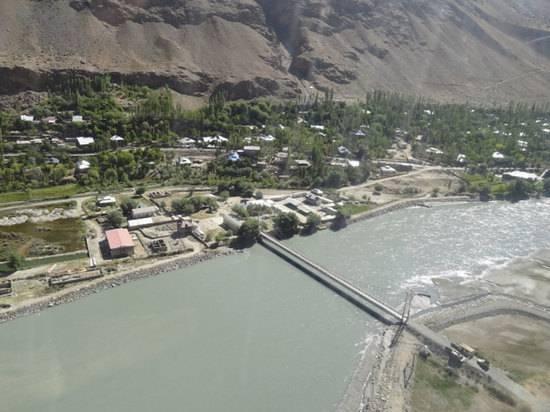 Китай передал Таджикистану бронетехнику для войны с талибами