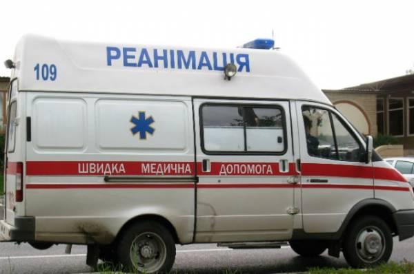 Четыре человека погибли на Украине после падения самолета на частный дом