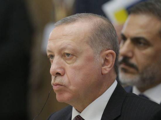 Эрдоган заявил о планах добывать газ в Черном море с 2023 года