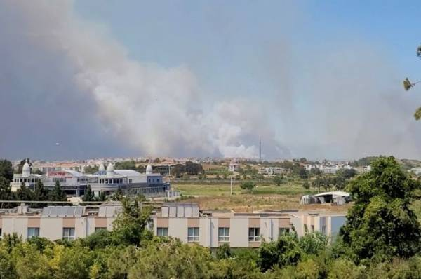 Один человек погиб при пожаре в Анталье