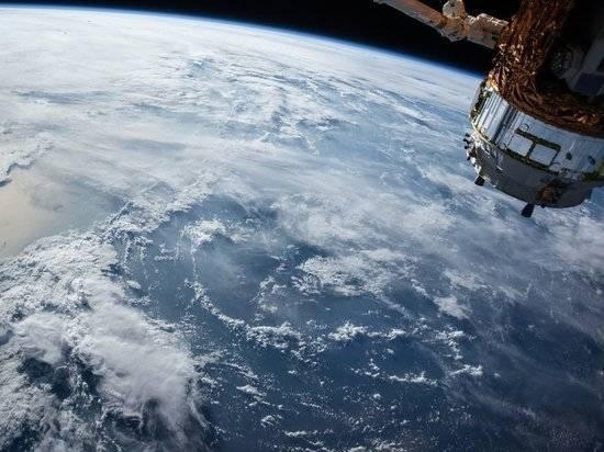 """В Лондоне обвинили РФ и КНР в осуществлении """"сомнительных операций"""" в космосе"""