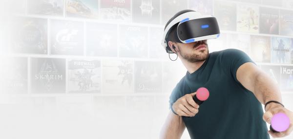 Microsoft следит за развитием VR-рынка, но не планирует пока конкурировать на этом поле с PlayStation