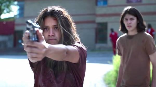 """Джилл в мире неспящих зомби: Обзор фильма """"Неспящие"""" (Awake) от Netflix"""