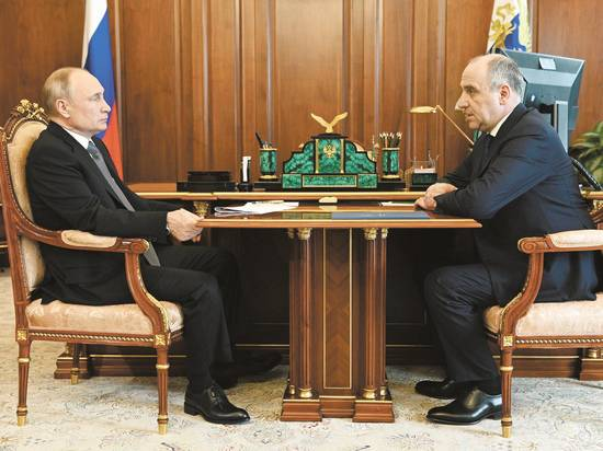 Кремль разрешил губернаторам не просить об отставке